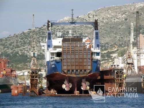 Larisa (ex. Polaris) - Dry Docking