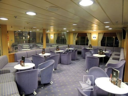 Business Class Lounge10