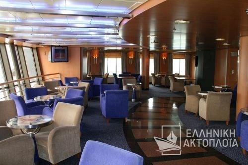 upper disco lounge1