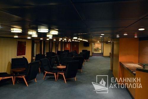Express Santorini - Deck 5 - Central Lounge