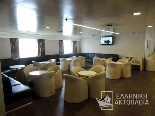 main lounge16