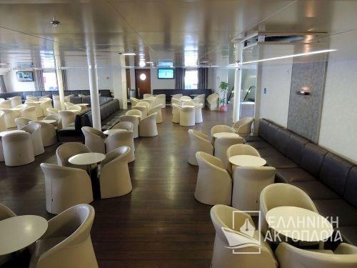 main lounge18