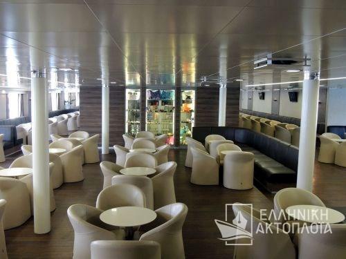 main lounge3