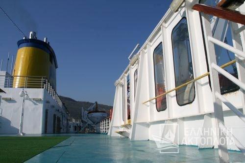 bar-swimming pool3