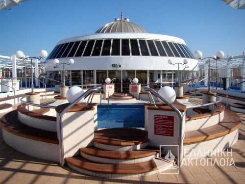 Festos Palace - Deck 8 - Swimming Pool