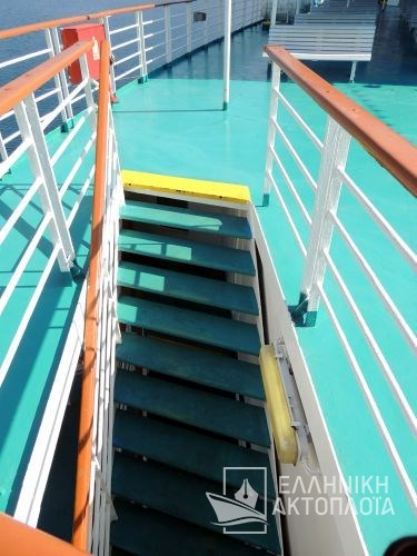 open deck 8-22