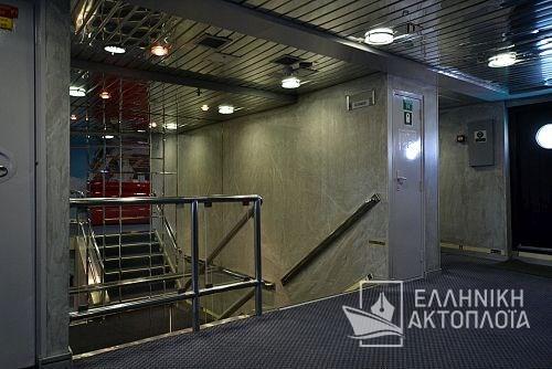 balconyUP1