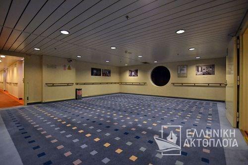 corridor deck10