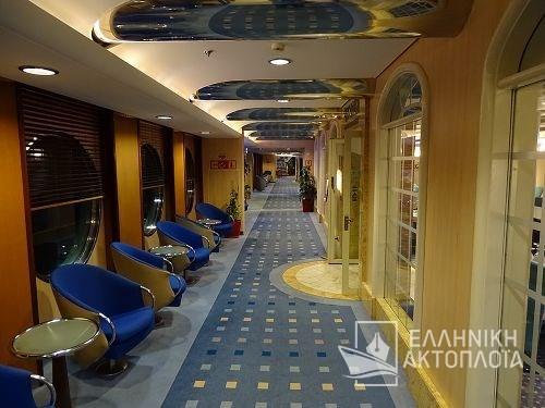 corridor deck9