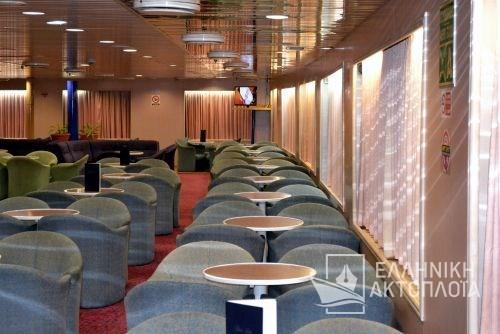economic class lounge6