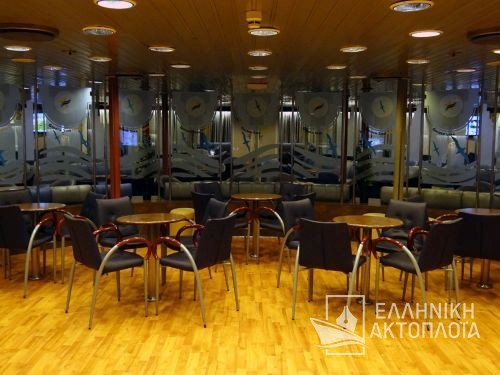 ionian lounge deck 5-2