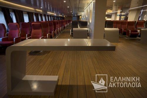 lower deck5