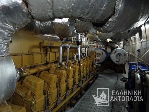 engine room1