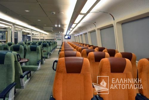 economy class-central passenger saloon3