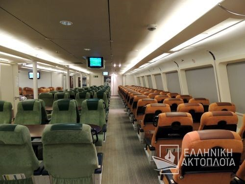 economy class-central passenger saloon5