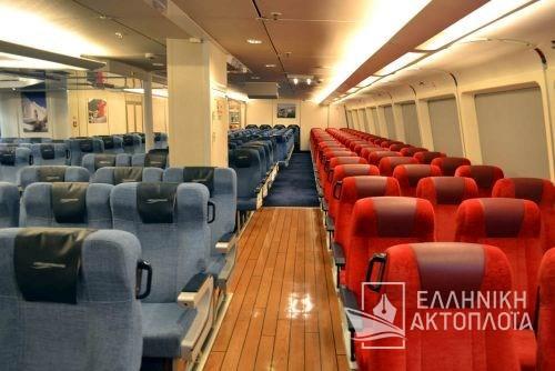 economy class-front passenger saloon11