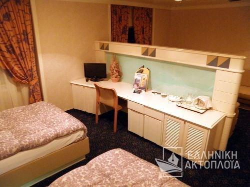 cabin lux