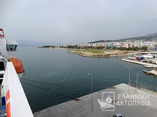 new port of Patras-departure