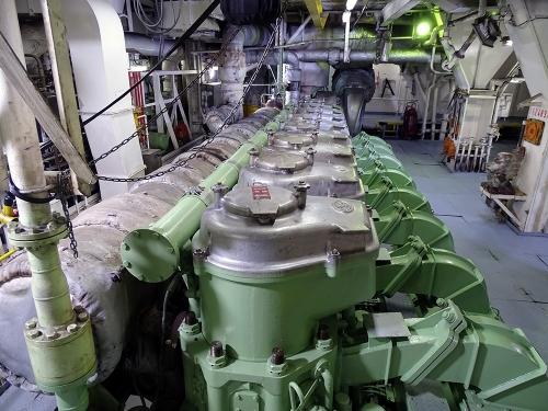 Nissos Samos-Engine