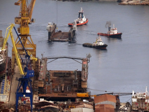 floating dry dock-hellenic navy
