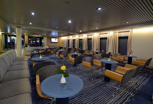 Elyros - Lounge WAVES