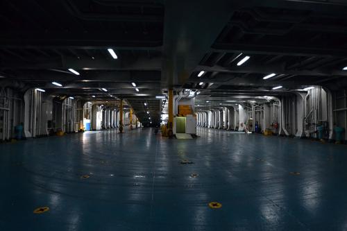 Elyros - Garage - Embarkation