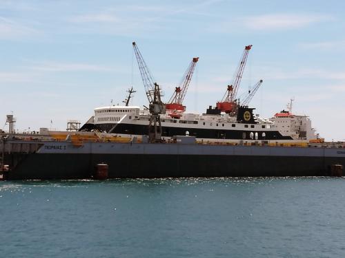 Mare di Levante (ex. Ionian Star) - Dry Docking